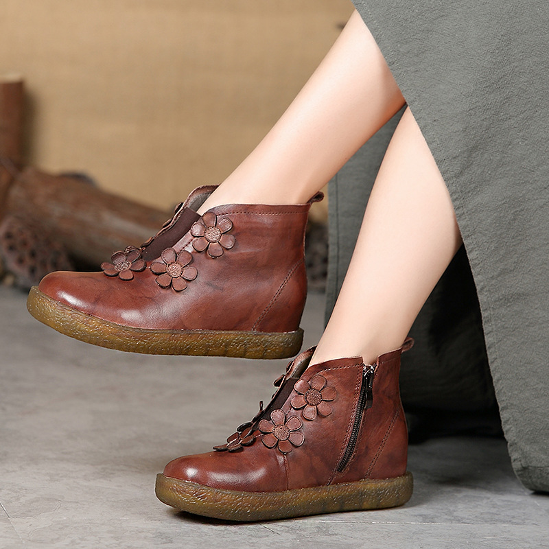 2018 autumn / winter boots leather short boots women floret retro handmade comfortable low-barrel flat-bottomed women's shoes round flat bottomed sweet bowknot short boots