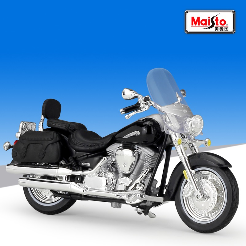 1:18 Maisto YAMAHA ROAD STAR SILVERADO Diecast Motorcycle