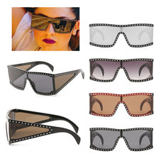 Crystal Diamond Oversized Sunglasses For Women Luxury Fashion Candy Shades UV400 Vintage Brand Glasses Transparent Frame