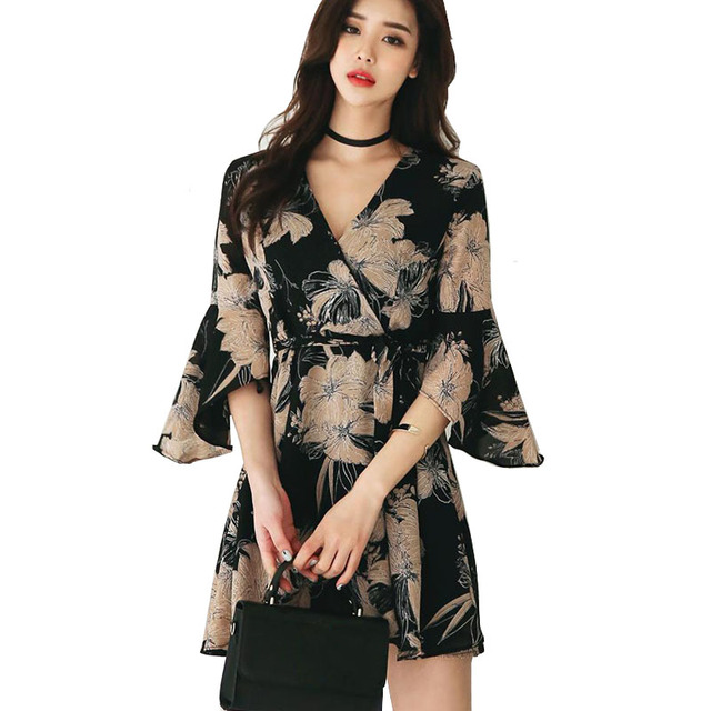 Korean Women Vintage Dress Summer 2018 Floral Printed Flare Sleeve Belt Mini Wrap Dress Sexy Cute Skate Dresses Vestidos Cortos