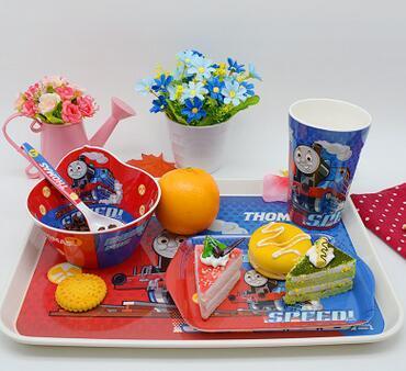 5 pçs/sets Bebê Crianças dinnerware Pratos Copo Aprendizagem Auxiliar Alimentos Tigela + Colher Conjunto perfeito para presente de Natal