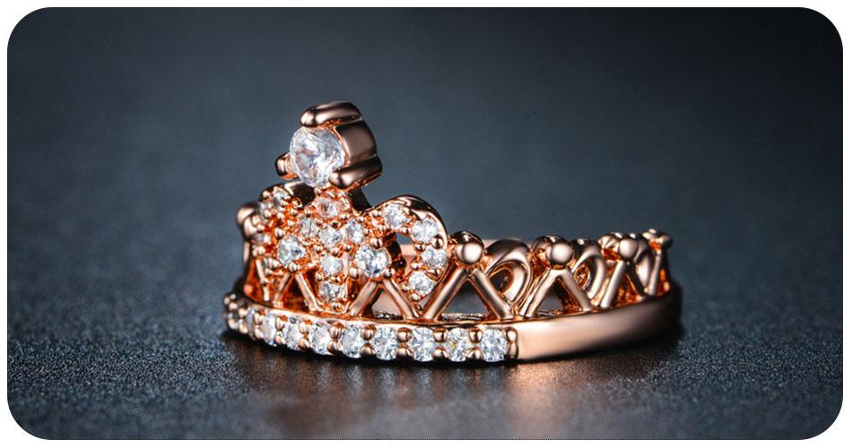 Bague couronne en plaqué or 18 carat de coté