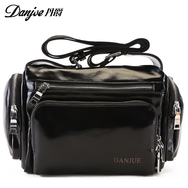 Danjue Oil Wax genuine cow leather casual bucket new products soft shouder messenger men bags travel bags Male Shoulder Bag