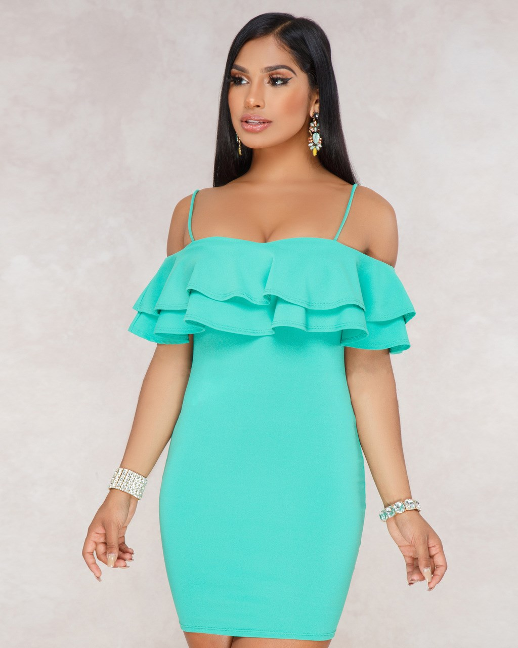 <font><b>2019</b></font> Summer <font><b>Sexy</b></font> Off Shoulder Ruffles <font><b>Dresses</b></font> Elegant Solid Color <font><b>Mini</b></font> <font><b>Dress</b></font> Celebrity Party <font><b>Runway</b></font> <font><b>Dresses</b></font> image