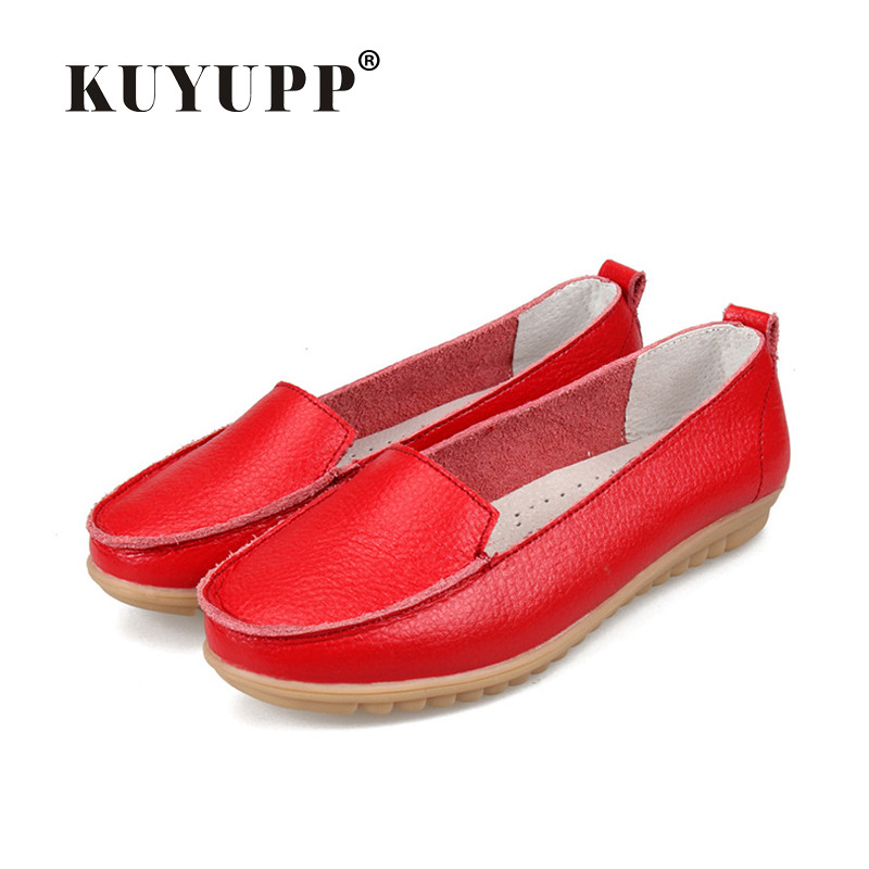 цена KUYUPP Cow leather Women Flats Shoes Slip-on Comfort Boat Shoes Flat Mother Shoes Slip-on Moccasins Loafers size 35-41 SDT05 онлайн в 2017 году
