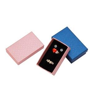 Image 4 - 32pcs Sieraden Doos 8x5CM Ketting Ring Box voor Sieraden Multi Kleuren Sieraden Verpakking Geschenkdozen Oorbel display Zwarte Spons