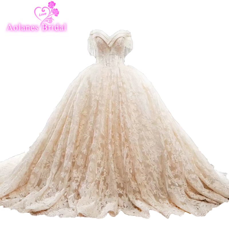 2018 Vintage High-end Luxury Train Tulle Bridal Gowns Vestido De Noiva Handmade Flowers Latest Wedding Gown Designs Reall Photos