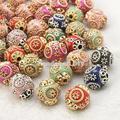 100 unids Color Mezclado Redondo de Indonesia Hechas A Mano Collar de Perlas para La Joyería Pulsera Hacer con Aleación Cores, 14 ~ 15x15mm, agujero: 2mm