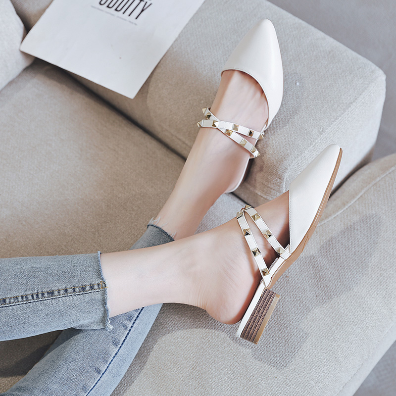 AME Summer Flats Mules Lady Sandals Slippers Rivet Slip On Pointed Toe Women Mules Outdoor Slipper Woman Slides 11813AJS2818