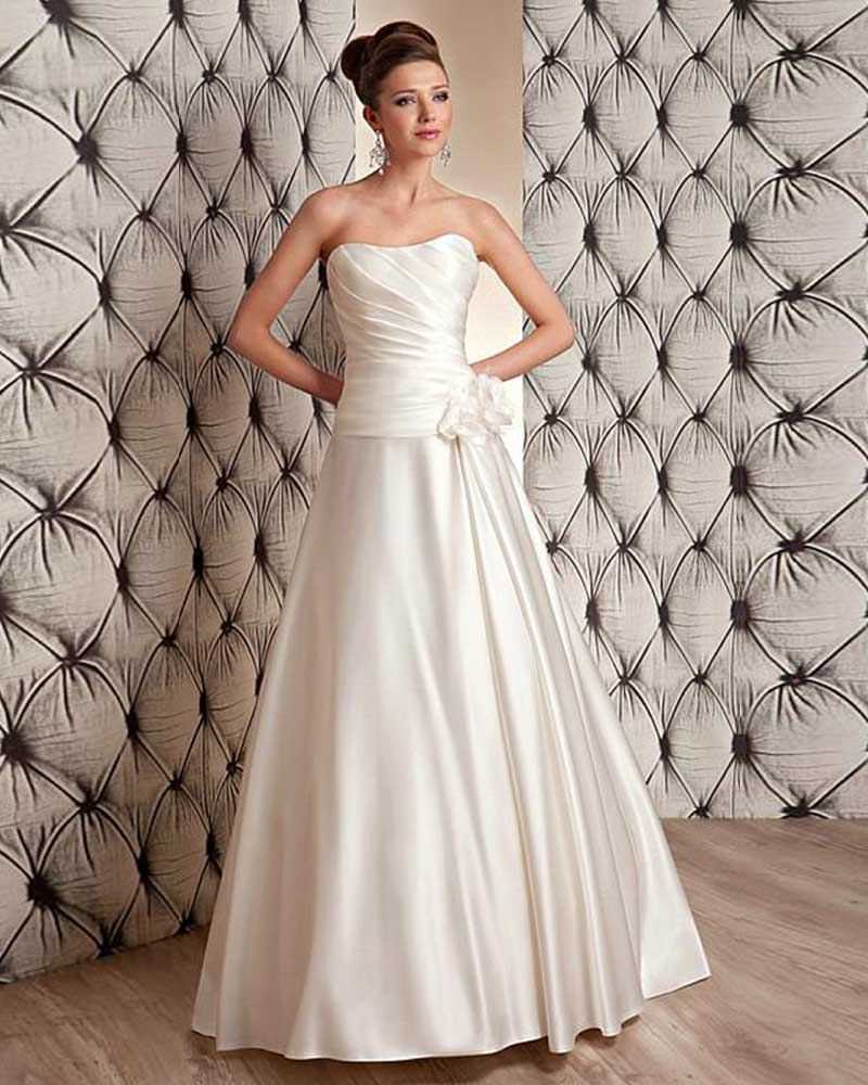 Strapless Lace Up A Line Wedding Dress With Flowers 2017