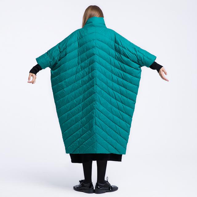 LYNETTE CHINOISERIE diseño original suelta térmica manga del cuarto de tres medio-largo cuello alto de color sólido prendas de vestir exteriores de las mujeres
