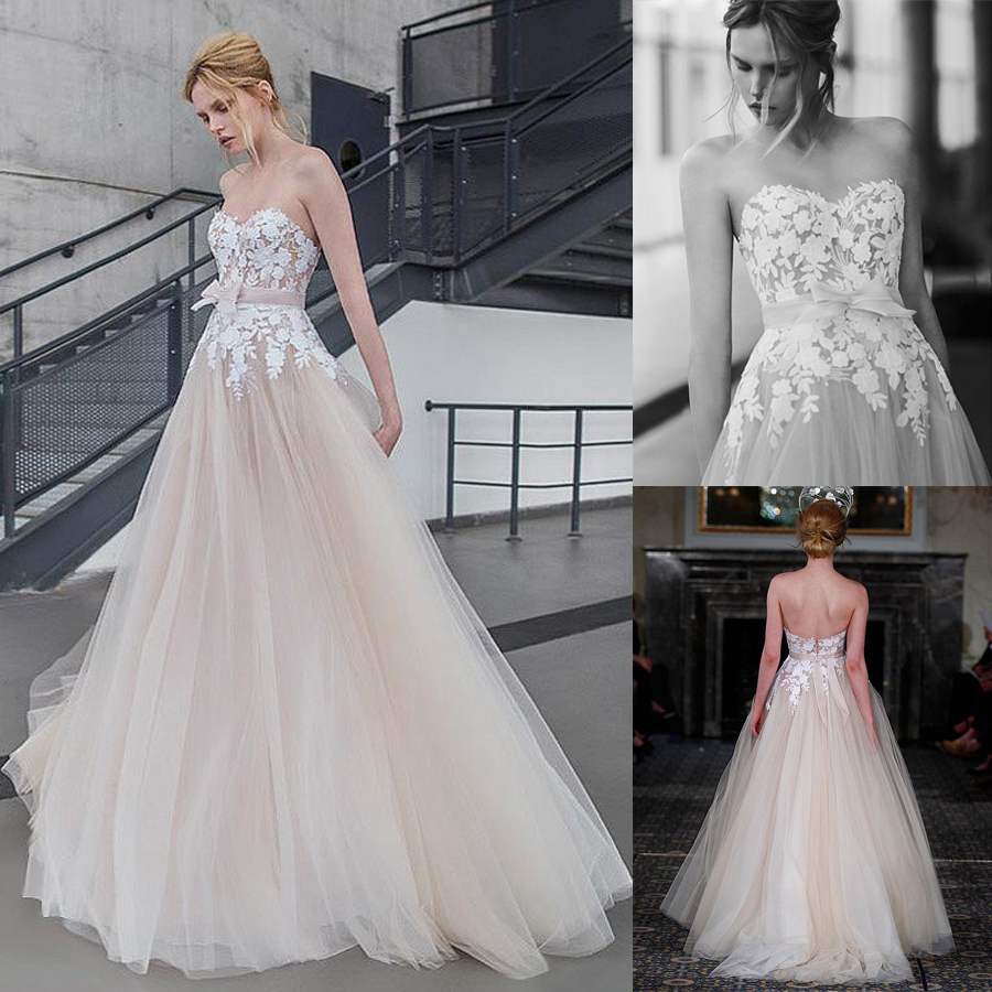 Alluring Tulle Sweetheart Neckline A-line Wedding Dresses With Lace Appliques Champagne Bridal Dress With Bow