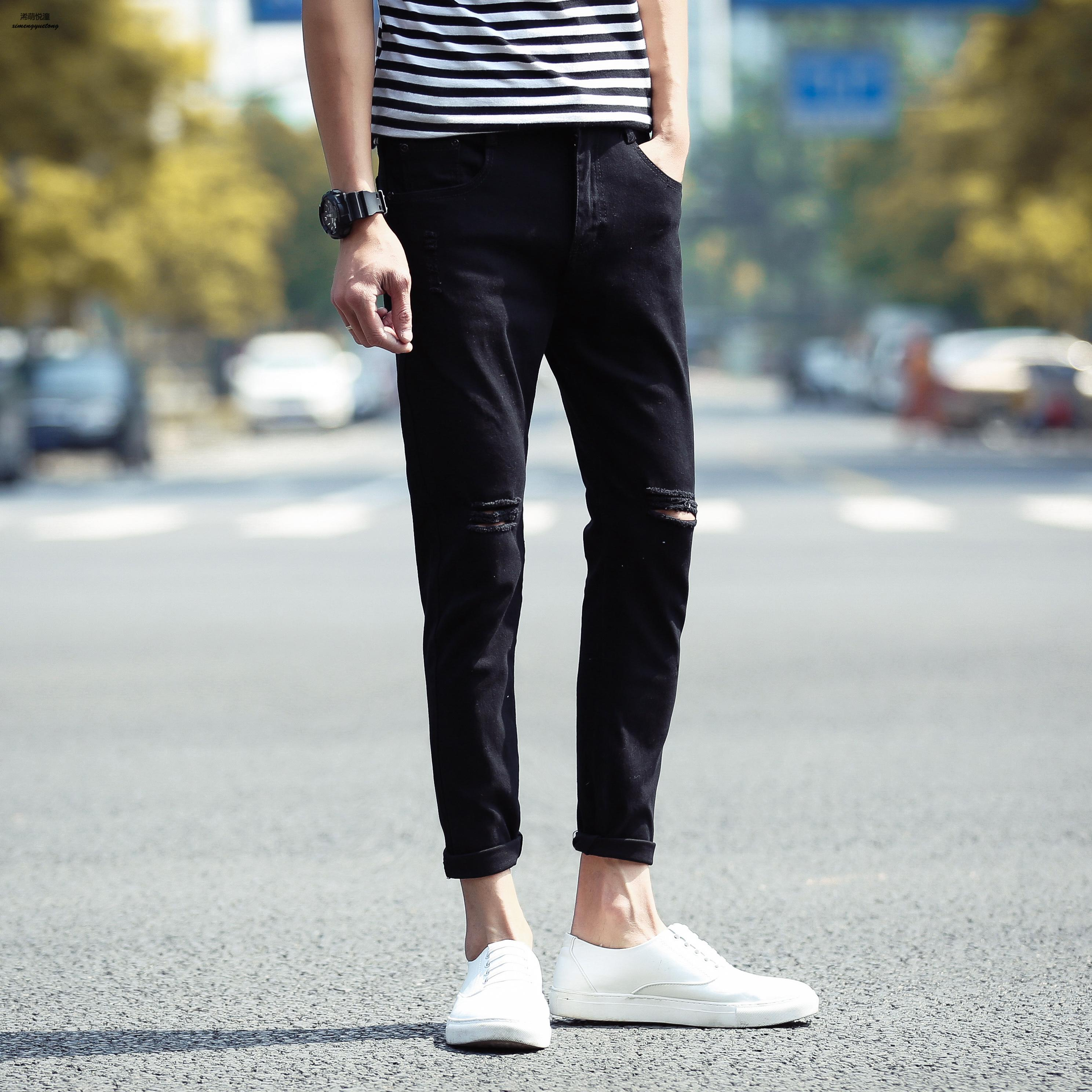2018 new summer mens jeans jeans pure color wild thin feet jeans cotton nine jeans men