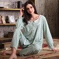 Otoño 2016 de Las Mujeres Conjuntos de Pijamas 100% Algodón Ropa de Dormir Pijama Pijama de Lunares Cuello Redondo Manga Completo Ocasional Del Sueño Salón Pijama