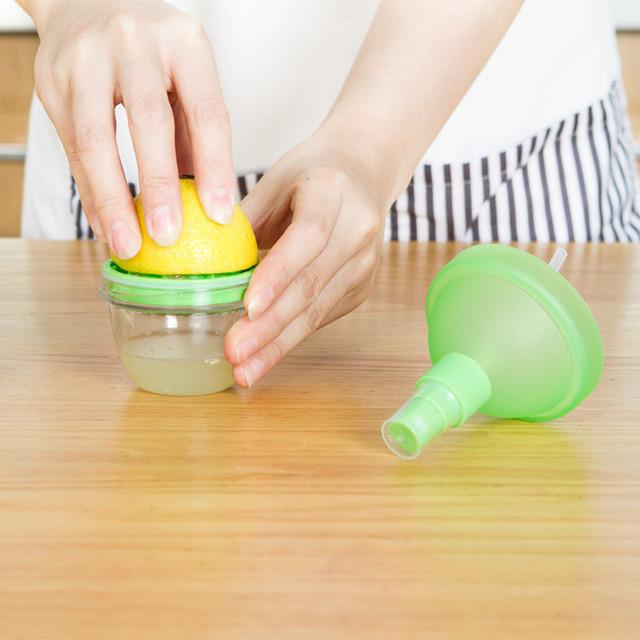 Lemon Juicer Citrus Fruit Squeeze Mist Sprayer useful gadgets
