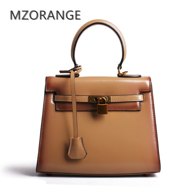 MZORANGE 2017 genuine leather women handbag Retro Flap bag brand fashion Totes top quality Cowhide Lady Shoulder Crossbody Bags luxury genuine leather bag fashion brand designer women handbag cowhide leather shoulder composite bag casual totes
