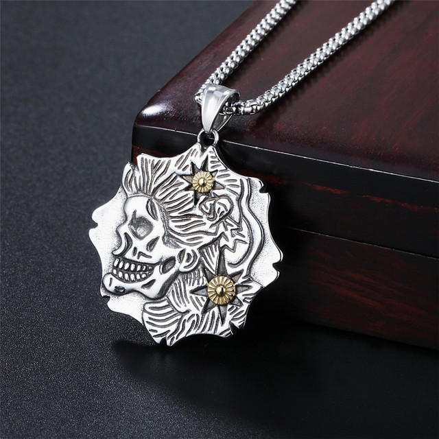 STAINLESS STEEL SKULL HEADS NECKLACE
