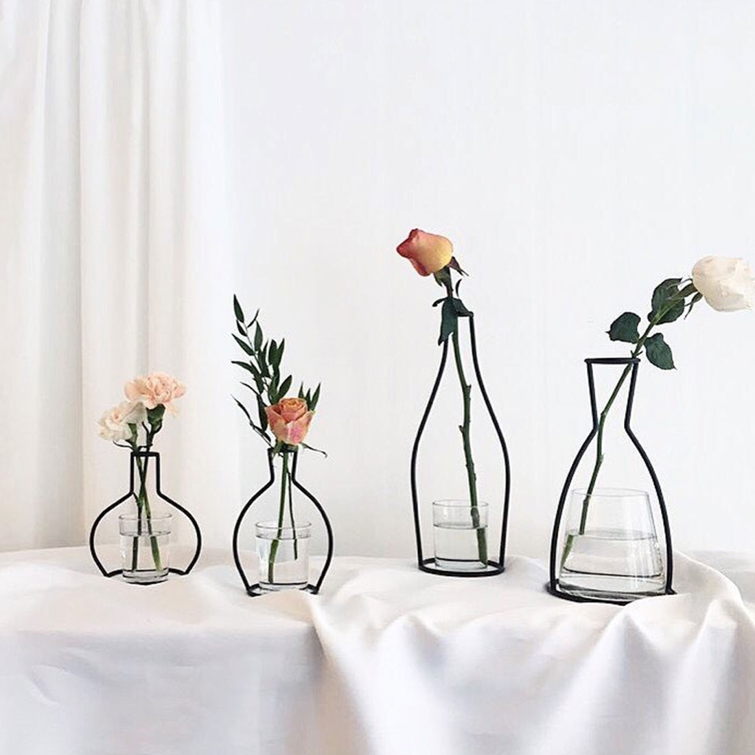 1 Stück Home Party Dekoration Vase Abstrakte Schwarz Linien Minimalistischen Abstrakte Eisen Vase Getrocknete Blume Vase Racks Nordic Blume Ornament