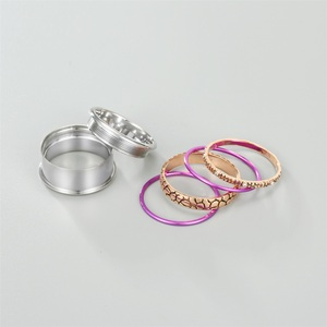 Image 3 - Floya נמר Stackable טבעת לנשים Rotatable נירוסטה להקת מלטה את הארקטי סימפוניה טבעות סט אוסף תכשיטים