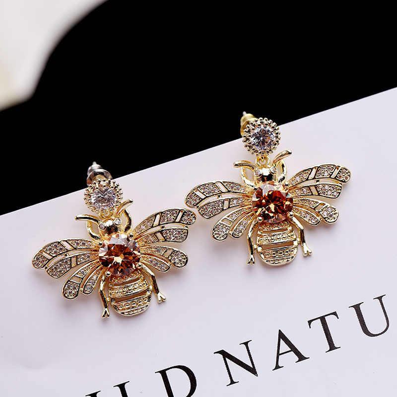 925 Серебряная игла циркония уха ногтей личности трехмерная маленькая пчела Утонченная личность темперамент для женщин
