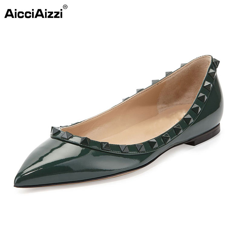 Women Flats Shoes Ladies Popular Shallow Mouth Pointed Toe Shoes Leisure Rivets Flats Shoes Woman Size 35-46 B116 lin king fashion pearl pointed toe women flats shoes new arrive flock casual ladies shoes comfortable shallow mouth single shoes