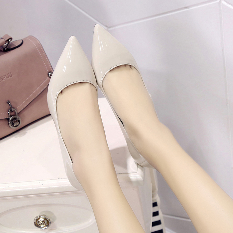 ФОТО A simple all-match fine with shallow mouth shoes new spring comfort with ladies temperament shoes