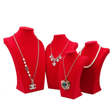 Luxury Model Bust Show Exhibitor 4 Sizes Options Red Velvet Jewelry Display Necklace Pendants Mannequin Jewelry Stand Organizer недорого