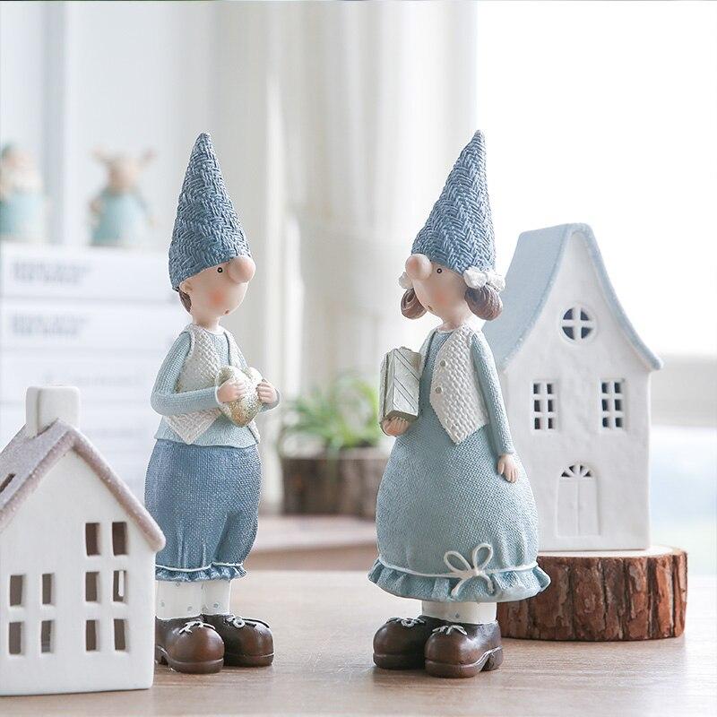 Image 2 - Miz 1 Pair Resin Figurine Christmas Gift Toy for Children Couple Doll Boy & Girl Figure Christmas Decoration Accessoriestoys fortoys for childrentoys toys -