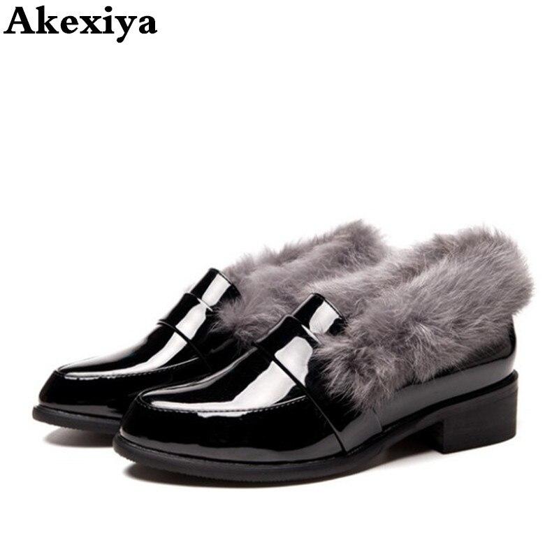 2018 autumn and winter new women s shoes leather plus velvet rabbit fur shoes Korean fashion