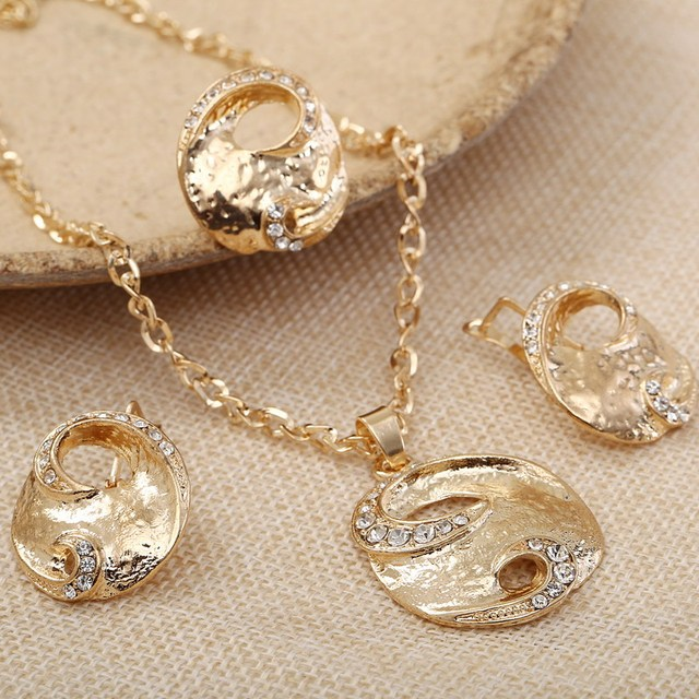 Trendy Design Golden Plated Chain Necklace Earring Rings Set For Women Crystal P