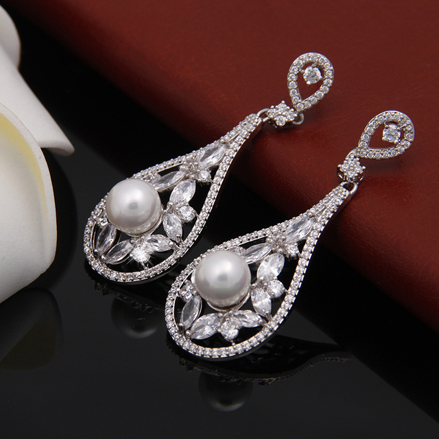 Luxury Cz Pave Hanging Vintage Bridal Long Drop Simulated Pearl Earrings For Wedding Brides Jewelry We130