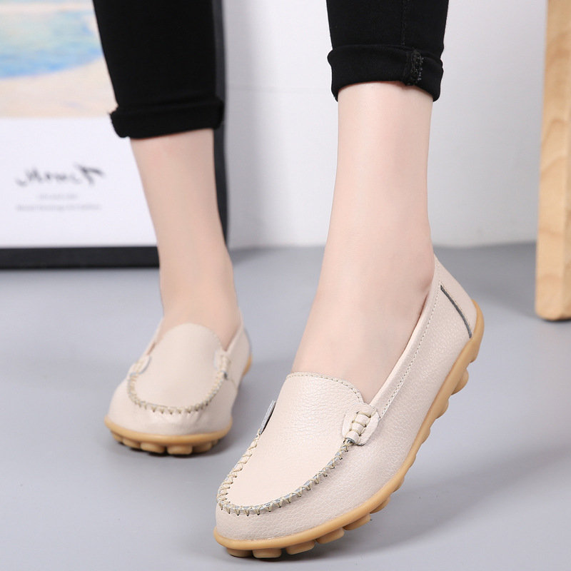 2019 spring and summer leather mother shoes set foot shallow shoes tendon bottom lazy shoes low help nurse shoes casual2019 spring and summer leather mother shoes set foot shallow shoes tendon bottom lazy shoes low help nurse shoes casual