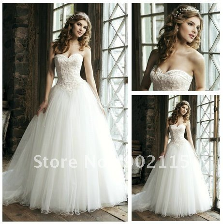 Free Shipping Sweetheart Emborideary Tulle White Wedding Dresses 2012