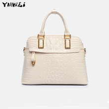 The new 2016 temperament female bag Europe and the United States fashion one shoulder hand classic crocodile grain lady bags