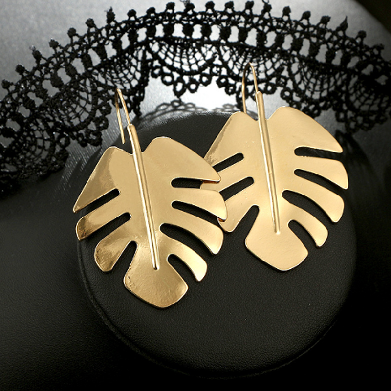 1Pair Bohemian Exaggerated Leaf Earrings Cool Metal Geometric Summer Earrings for Women Big Dangle Earrings Art Party jewelry in Drop Earrings from Jewelry Accessories