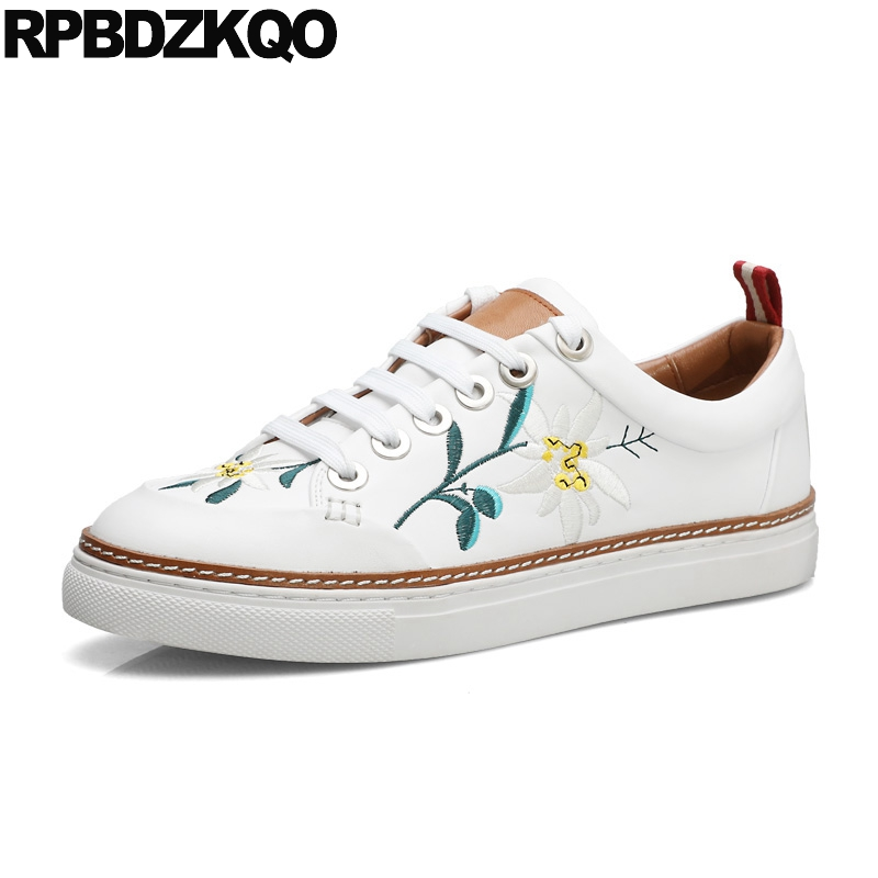 Lace Up Luxury Sneakers Genuine Leather Designer Flower Chinese Embroidered Shoes White High Quality Flats Casual Floral Women high quality 4cm platforms full grain genuine leather flat casual shoes women 2016 white hollow out lace up fashion autumn flats