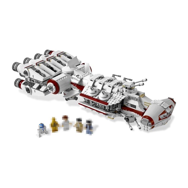 где купить Lepin 05046 Star 1748Pcs Series Wars The Tantive IV Blockade Runner Building Blcoks Bricks Model DIY toys for children 10019 дешево