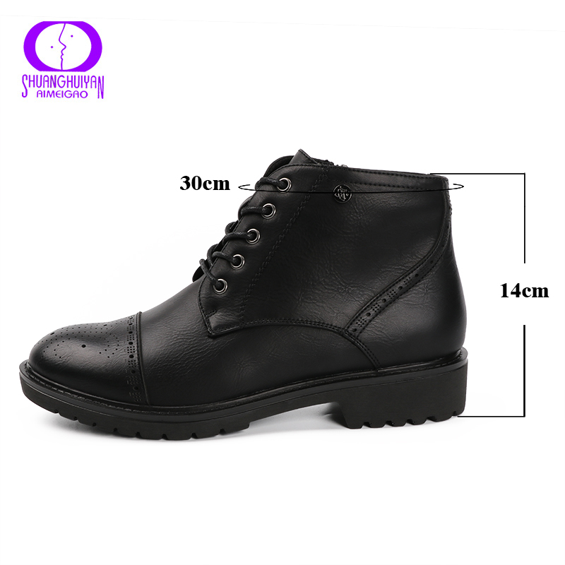 3150f9dabd4 AIMEIGAO Fashion Vintage Women Ankle Boots Soft Leather Flat Shoes  Comfortable Women Boots Lace Up Soft Leather Classic Shoes-in Ankle Boots  from Shoes on ...