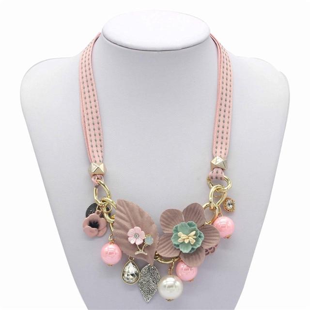Olaru Brand Korea New Jewelry Fashion Cloth Imitation Flower Pearl Choker Neckalce Woman Maxi Statement Necklace Accessories 3