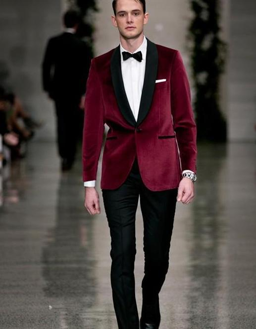 Fashionable High quality One Button Dark red Groom Tuxedos Shawl ...
