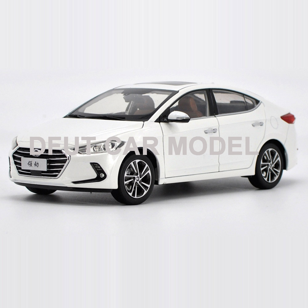 Scale 1:18Alloy Pull Back Toy Vehicles Hyundai elantra Car Model Of Children's Toy Cars Original  Authorized Authentic Kids Toys