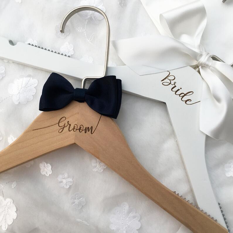Вешалка для свадебного платья, вешалка для невесты, подарок для невесты, свадебные вечерние вешалки, Свадебные вешалки, подарки для подружки невесты - Цвет: Bride Groom