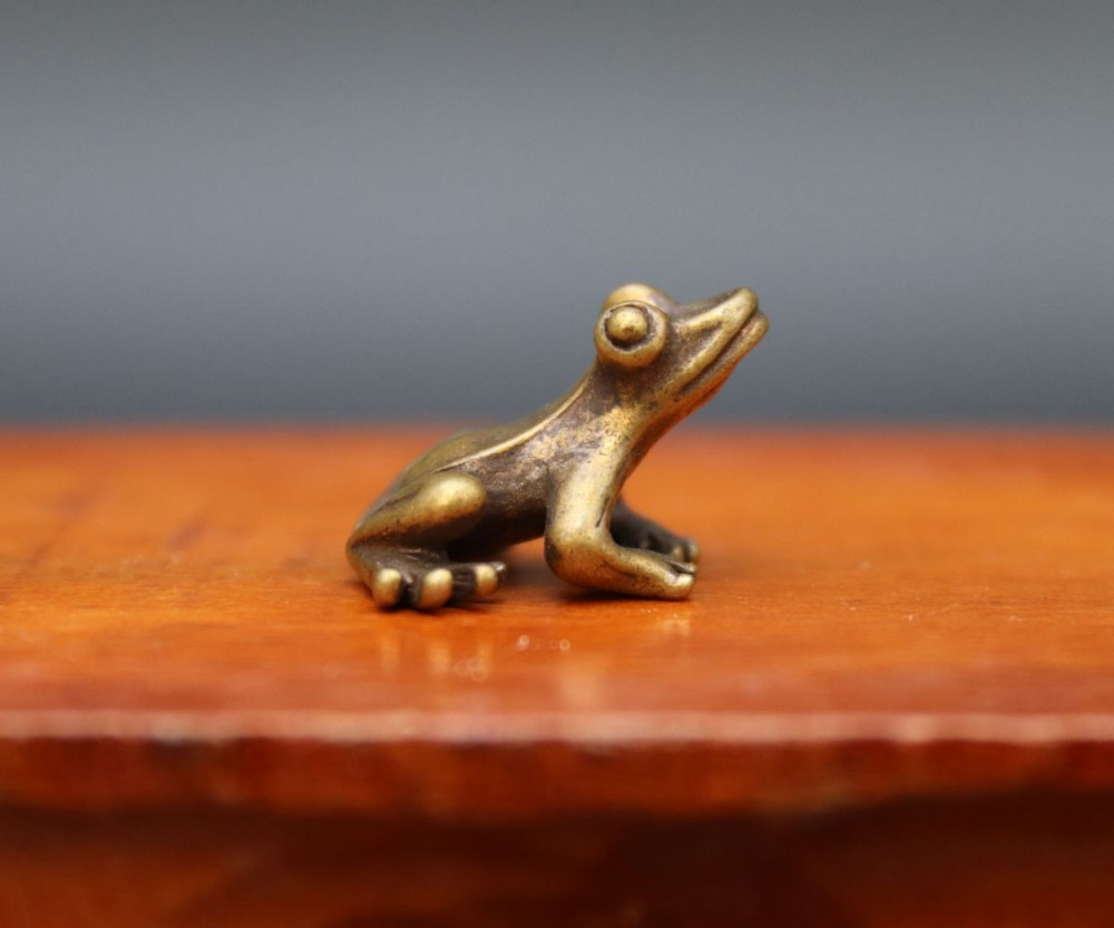 Collection of Chinese bronze hand-carved special auspicious animals frog