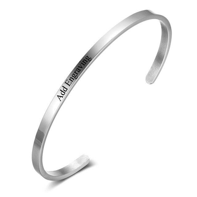 300adf50c61f Personalizado ID brazaletes para las mujeres grabar nombre pulseras de  brazalete de acero inoxidable de Color