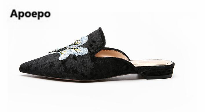 Apoepo brand woman shoes 2018 spring Velvet pointed toe mules shoes casual embroider flats women slippers pantoffels dames hanbaidi spring retro chic women slippers silk velvet embroider shoes high heels shoes women pointed toe lazy fur slippers shoes
