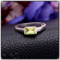 Wholesale Price Women Fine Jewelry 925 Solid Sterling Silver  ring with 100%  natural olivine stone fashion olivine silver ring