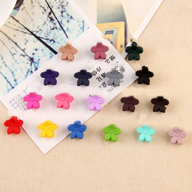 HTB1ZQ3uNVXXXXXWXpXXq6xXFXXXl Pretty 10-Pieces Girls Fashion Candy Color Hair Clip Claw Accessories - 3 Styles