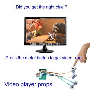 Sala de escape Takagism juego Sala Real escape prop video player presiona el botón de metal para obtener pistas de vídeo encontrar rompecabezas a través de pistas de vídeo