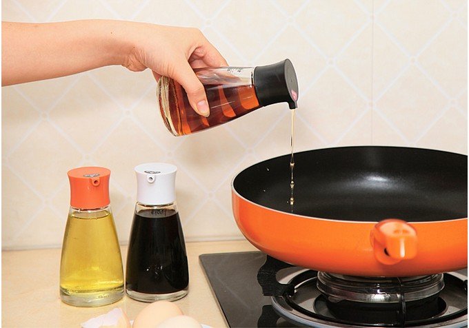 1PC Glass Cooking Gravy Boat Kitchen Tools Gadget Olive Oil Dispenser Seasoning Pot Condiment Container KX 312