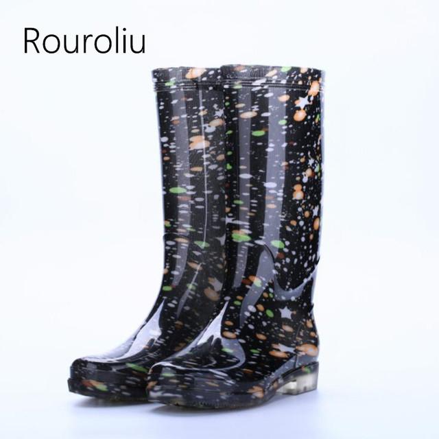 Rouroliu Women Flat Heels Knee-High Rainboots Fashion PVC Waterproof Water Shoes Wellies Anti-Slip Warm Rain Boots Woman RT347